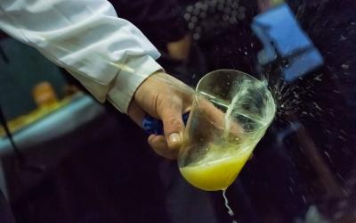 Cómo servir la sidra asturiana